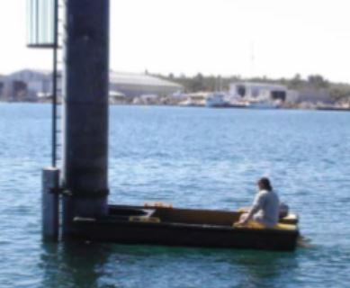 Poly Workboat Pylon Punt