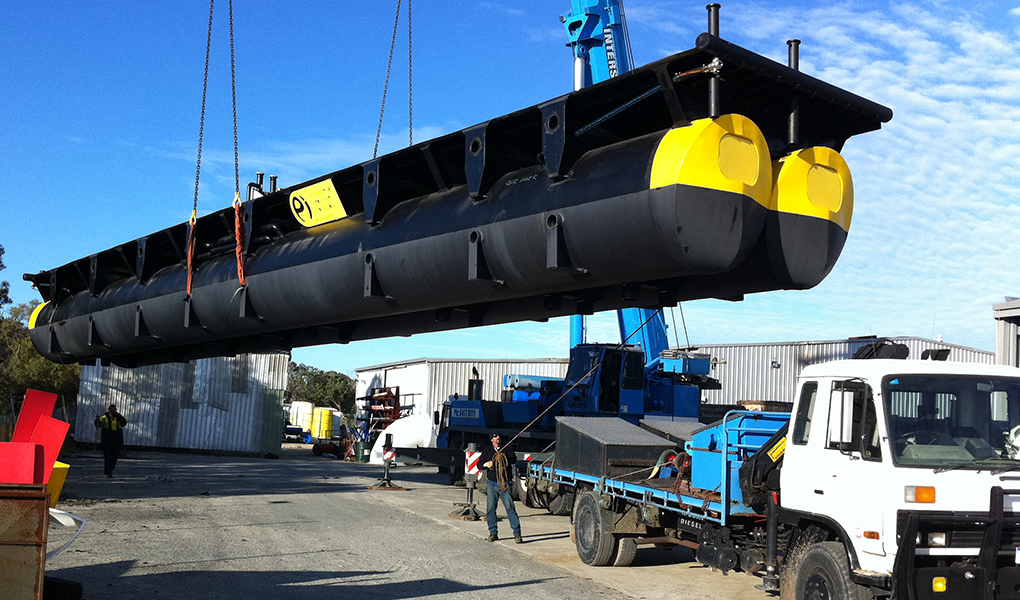 HDPE 21m barge